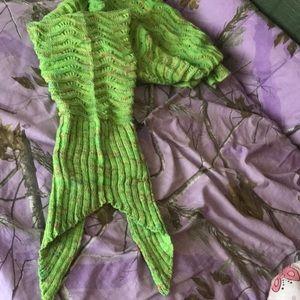 Other - Cute mermaid tail blanket